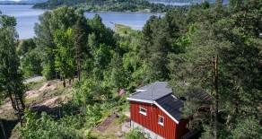 Sande/Vammen: Koselig hytte med flott utsikt*Terrasse*Solrikt*Båtplass!