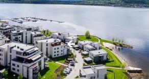 Engersand Havn: Påkostet 6-roms toppleilighet*Fantastisk panorama fjordutsikt*2 terrasser på 120 kvm*2 garasjer*Heis*