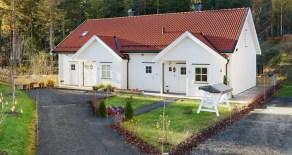 Kongsberg Vest- Halvdel av selveier tomannsbolig fra 2010 – Nær Teknologiparken, Krona, skole, barnehage – 3 sov – 2 bad